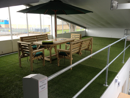 Artificial Grass - Table & Chairs